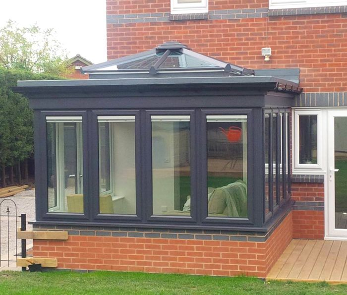 A new orangery in Ilkeston, Derbyshire is a smart addition to this home