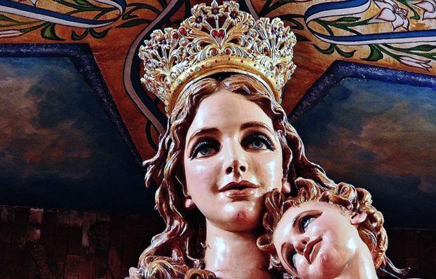 Escultura en la Basíclica de la  Virgen de la Concepción en la ciudad de Puebla.