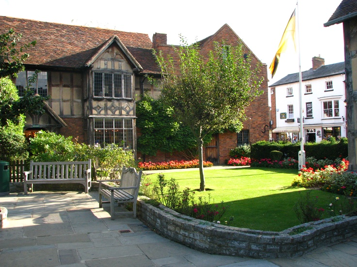 Stratford-Upon-Avon  Shakespeare House  (2009)