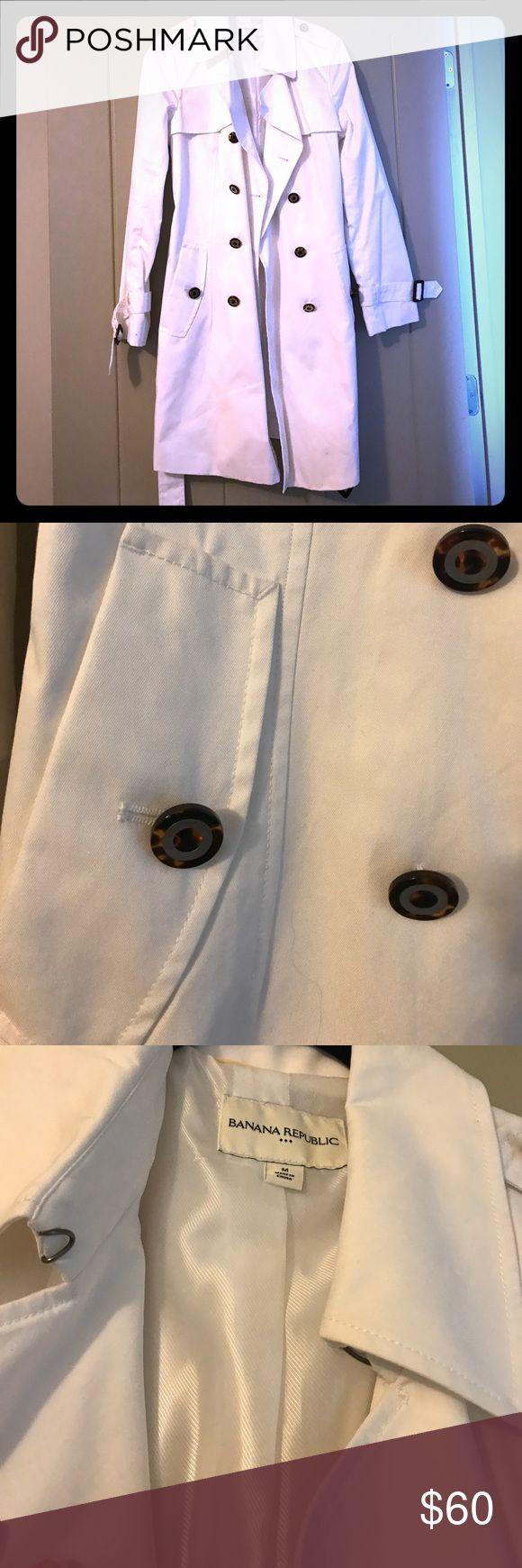 Banana Republic White Trench Coat Banana Republic White Trench Coat. Size M. Banana Republic Jackets & Coats Trench Coats