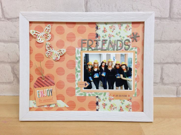 "Custom photo frame ""Friends"""