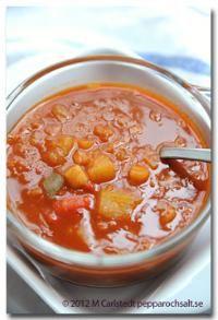 Vegetarisk gulaschsoppa - Sopprecept