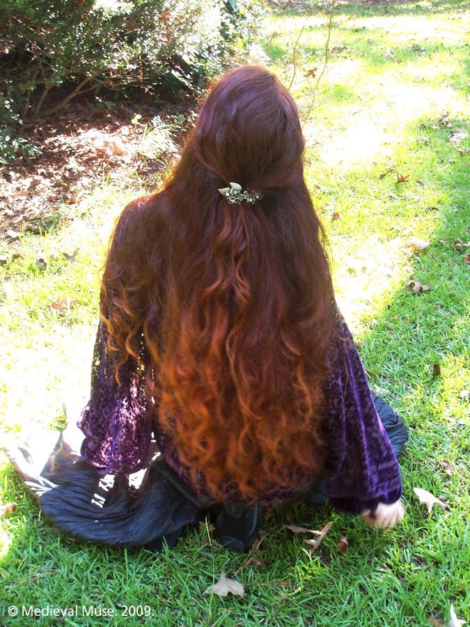 beautiful hair......reminds me of elven <3