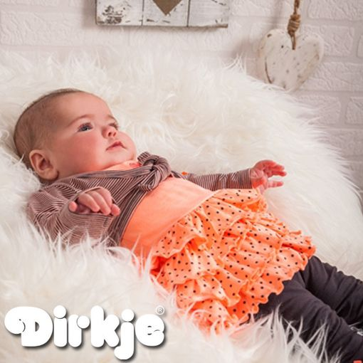 Bekijk deze oranje jurk outfit in de nieuwe Dirkje wintercollectie 2016/2017 van Dirkje Babywear. #dirkje #babykleding #wintercollectie #roze #dirkjebabywear #meisjes #oranje #stippen