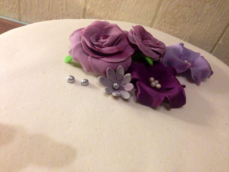 Sugar flower fore a wedding cake