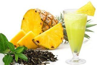 Semplicemente Chic: Succo di Ananas con Te' Verde riduce il gonfiore!