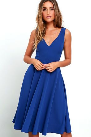 With an exceptionally chic design, the Of My Dreams Royal Blue Midi Dress is everything you could ever want! Sleek woven poly constructs a sleeveless bodice with curving V-neckline, and figure-contouring princess seams. The fitted waist introduces a full skirt that flows to a classic midi-length hem. Hidden back zipper.