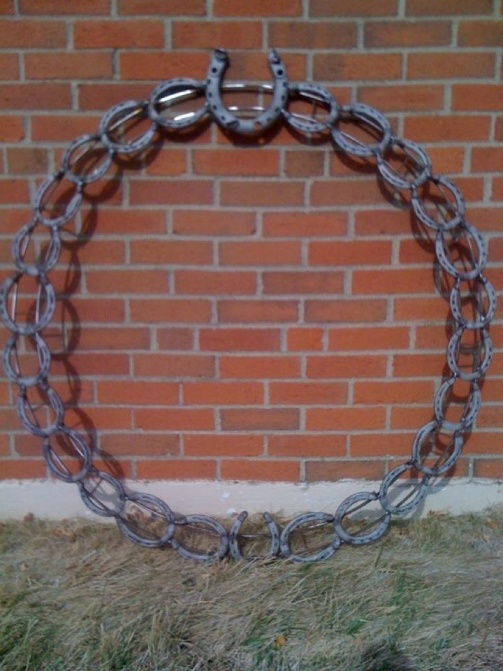 1000 images about horseshoe crafts on pinterest for Horseshoe welding designs