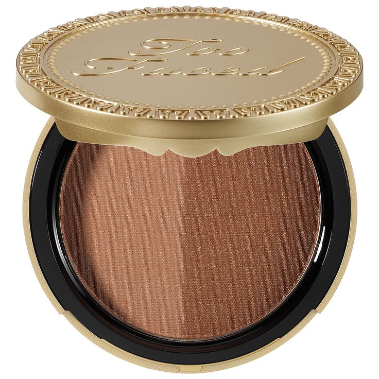 Too Faced Sun Bunny Natural Bronzer actually gives you a natural-looking glow. The two colors blended together give your face color without looking obvious.