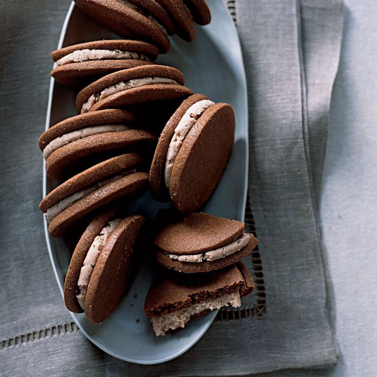 Pastry chef Mathew Rice grew up loving an Oreo-like sandwich cookie called Murray Chocolate Cremes.