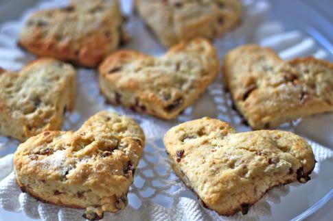 Great Scone recipe from the Prudent Baby blog!Valentine'S Day, Scones Valentine, Heart Shape, Baking Ideas, Heart Scones, Bridal Shower, Valentine Food, Heart Shapped Scones, Shape Scones
