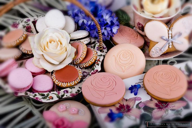 cookies for perfume boutique
