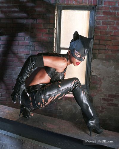 Catwoman - Promo shot of Halle Berry