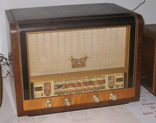 Tv e radio d'epoca vintage