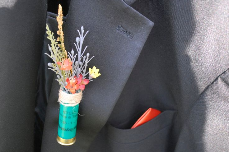 Rustic shotgun shell boutonniere! Finish the product yourself with your favorite flower or decoration. by SarahsCountryStore on Etsy