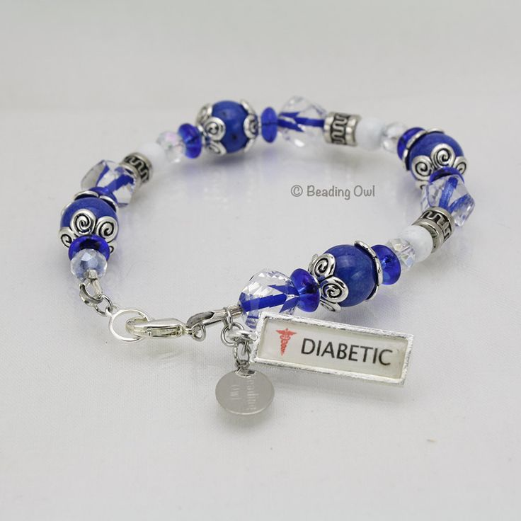 Blue Diabetic Medical ID Bracelet / Pulsera de identificación médica diabética Azul by BeadingOwl on Etsy
