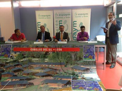 SOCIEDAD Al acto ha asistido el Consejero de Fomento y Medio Ambiente, Antonio Silván Rodríguez ASPAYM Castilla y León presenta la XVI edición de su Campamento de Integración http://www.revcyl.com/2013/sociedad13/201307/20130728sociedad/revcyl_revista_de_castilla_y_leon_sociedad_aspaym_presenta_campamento_verano.html