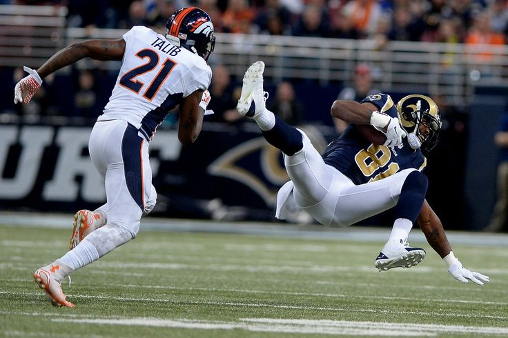 ST. LOUIS, MO - NOVEMBER 16: Kenny Britt (81) of the St. Louis Rams beats Aqib Talib (21) of the Denver Broncos for a long pass reception during the first half of action at the Edward Jones Dome. The Denver Broncos visit the St. Louis Rams in a week 11 NFL showdown. (Photo by AAron Ontiveroz/The Denver Post) -- #ProFootballDenverBroncos