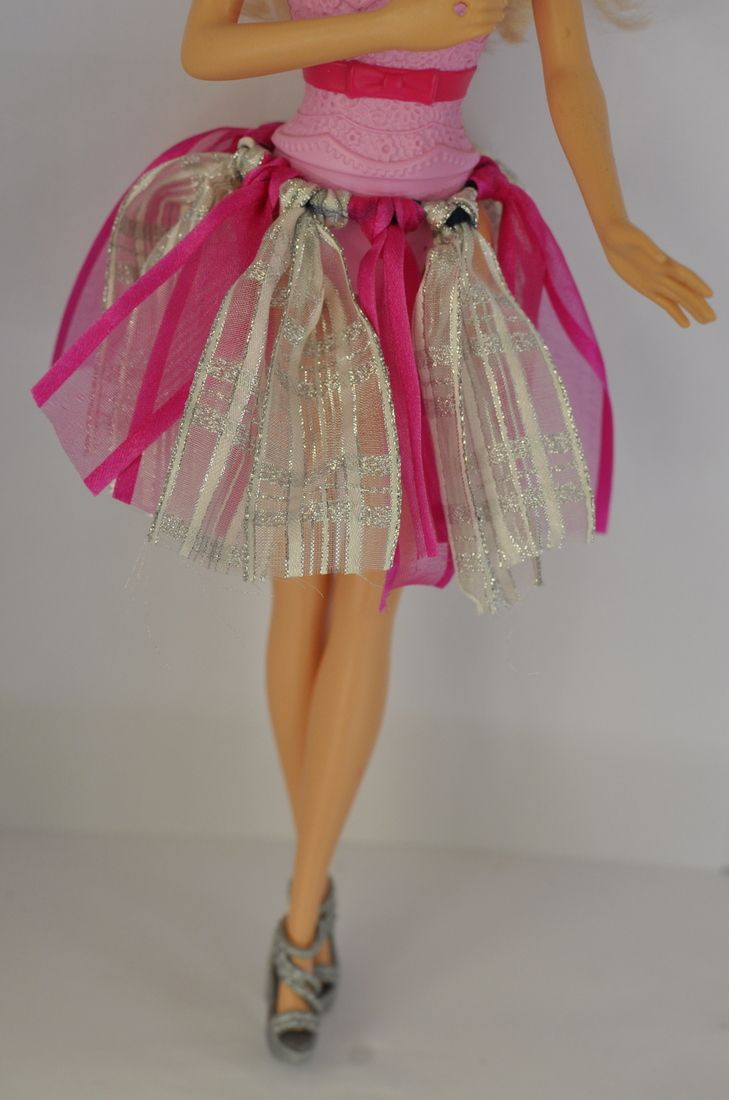 DIY Barbie Clothes - Ribbon Tutu ... I actually did one of these for my granddaughters & it's easy 'n adorable!