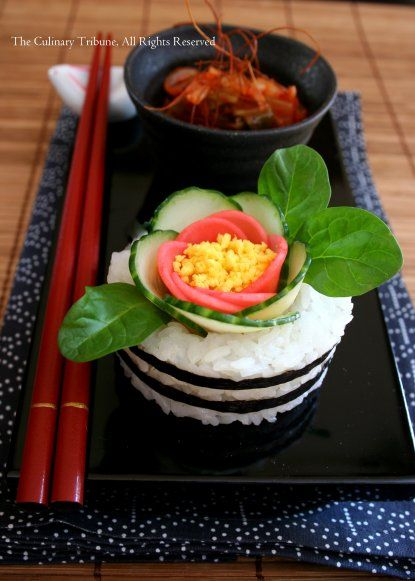 3D Flower Sushi Cake (Sliced cucumber, hard boiled egg yolk, spinach leaves, and nori)