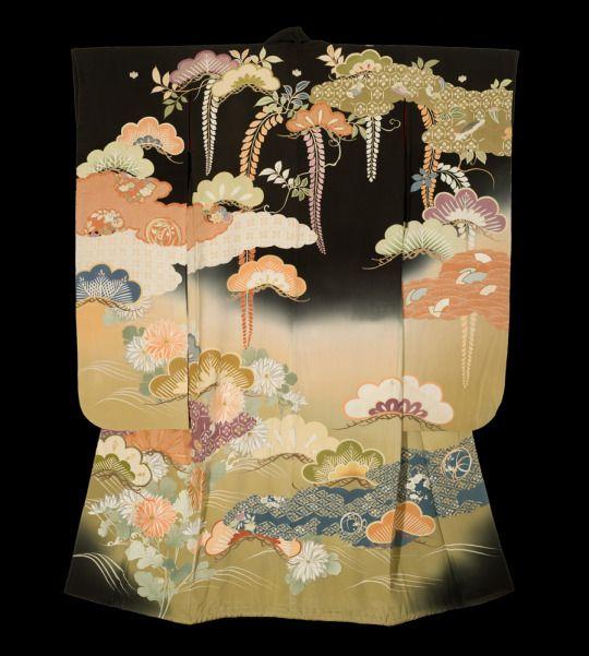 Taisho Kasane Furisode. Taisho period (1912-1926), Japan. The Kimono Gallery.