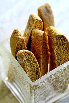 Pumpkin Biscotti ~ Easy pumpkin biscotti recipe.  Crunchy biscotti cookies, perfect for coffee-dipping, spiced with cinnamon, nutmeg, ginger, and cloves. ~ SimplyRecipes.com