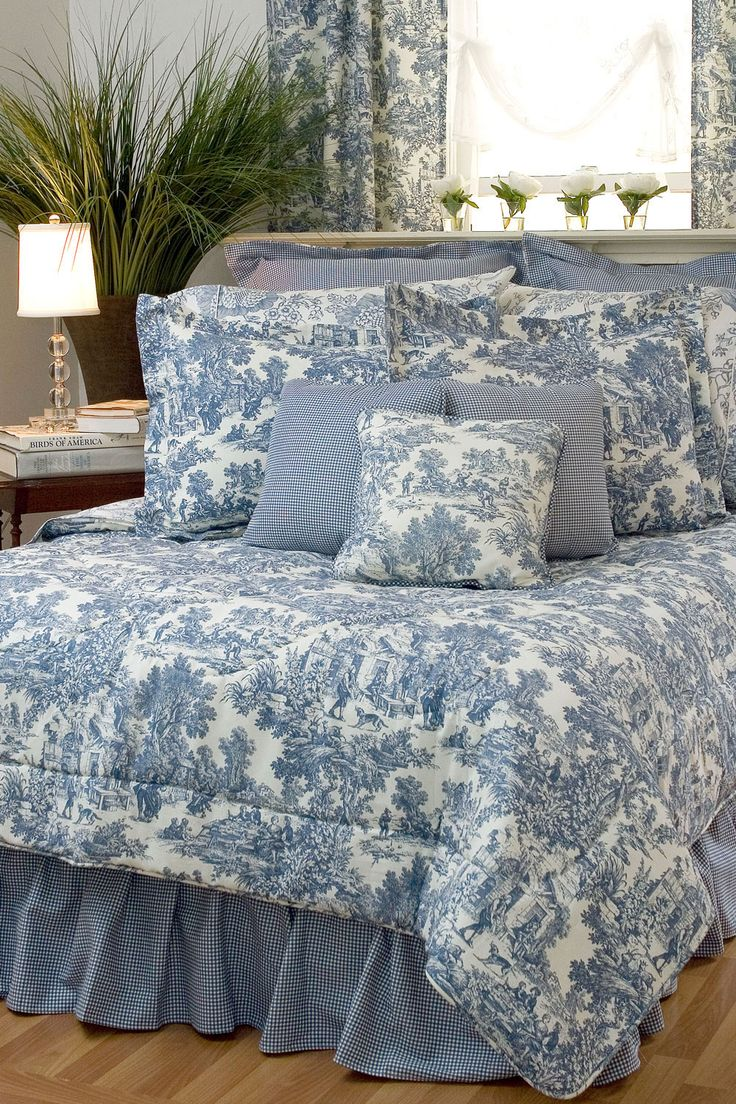 Blue and white toile bedding - 17 Best Images About Beautiful Bedding On Pinterest Ralph Lauren Blue White Bedrooms And Comforter Sets