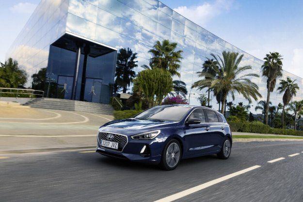Hyundai i30 dołącza do floty 4Mobility #Hyundai #i30 @hyundai_poland @4MobilityPolska https://www.moj-samochod.pl/Nowosci-motoryzacyjne/4Mobility-poszerza-flote-samochodow-o-nowe-Hyundai-i30
