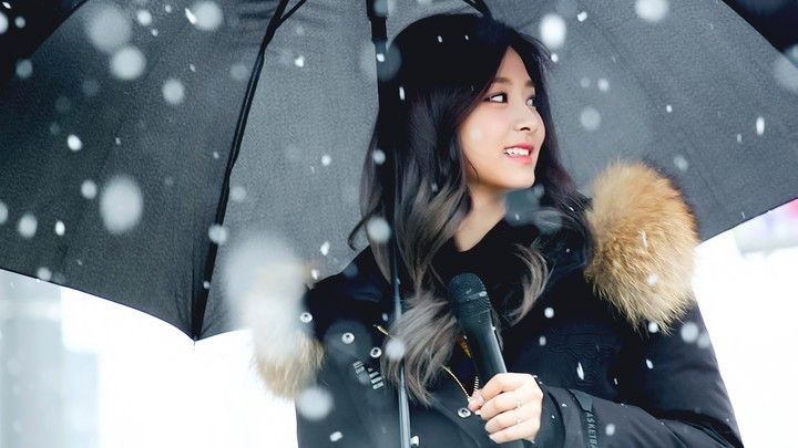 Twice Tzuyu Kpop Idol Kpop Girls Tzuyu Wallpaper Evil Girl