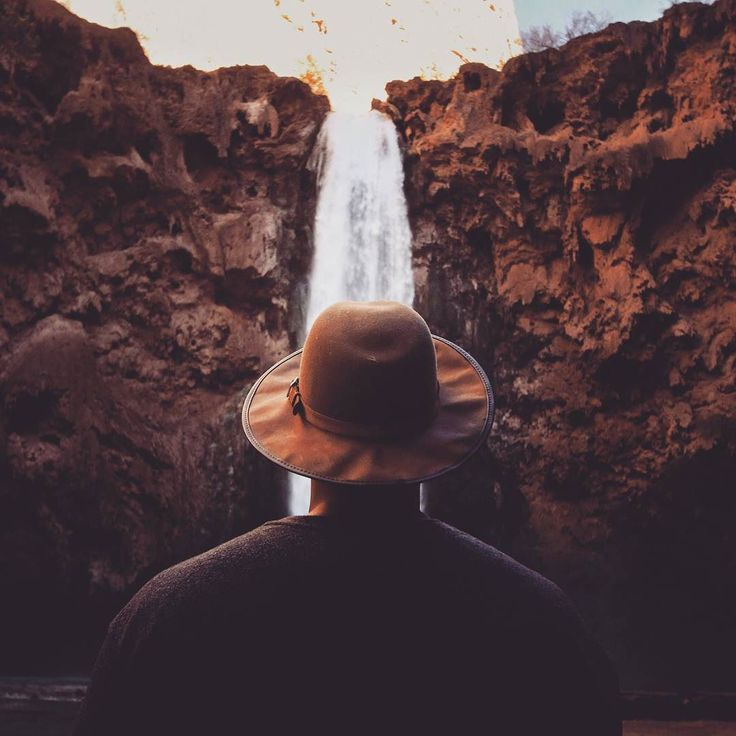 The real voyage of discovery consists not in seeking new landscapes but in having new eyes. #waterfall #wanderlust #montain #photography #hat #instatravel #travelgram
