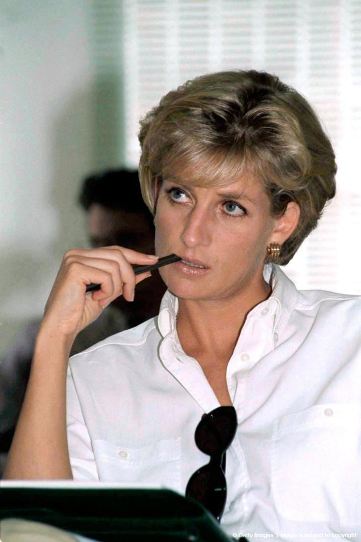 Diana: Princesses Diana1997, Red Crosses, Lady Diana, Hrh Diana, Google Search, Diana Princesses, Princess Diana, Royals Families, Diana 1997