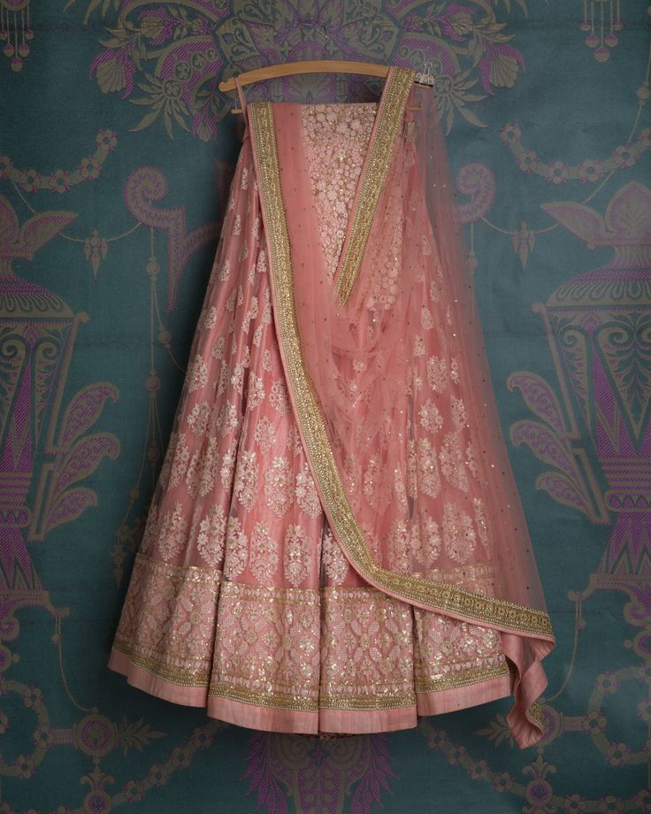 SMF LEH 288 17 I Soft rouge threadwork lehenga with matching dupatta and matching threadwork blouse (SOLD)