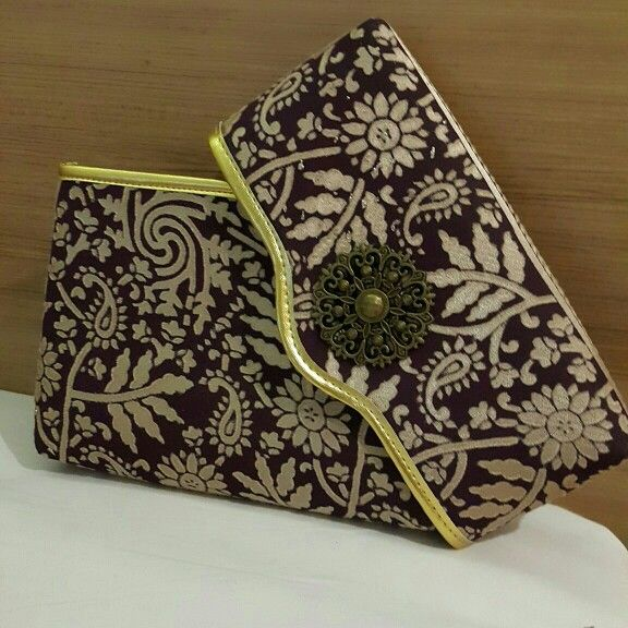 Dompet Batik Embos