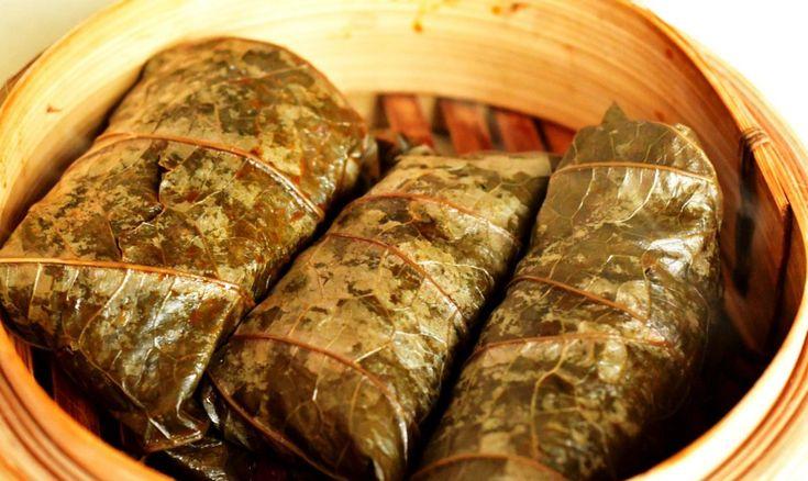 sarmale exotice în frunze de lotus. coproducție Dobroești - Canton | walk with the wok