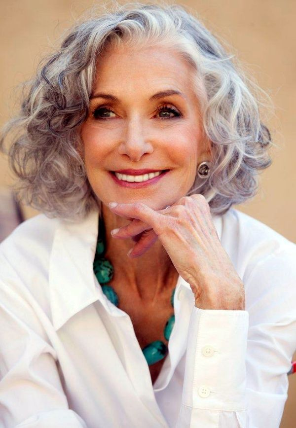 40 Anti-Aging Short Hairstyles for Older Women