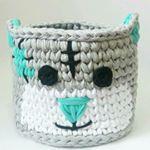 """248 curtidas, 20 comentários - Arqtª. Eliza Buzzetti (@arquiteturaecroche) no Instagram: """"Que lindo!  Lindo! Lindo! #tapete #crochet #croche #fiodemalha #feitoamao #artesanato #arte…"""""""