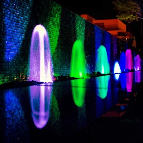 Omni Hotel Fountain In Downtown Dallas, Texas Www.fountainsdallas.com