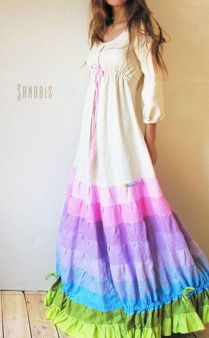 Купить или заказать Свадебное платье из льна в интернет-магазине на Ярмарке Мастеров. Длинное, женственное платье невесты с нежной, розово-сиреневой гаммой юбки. Может быть так же и подвенечным платьем. В дополнение к нему можно заказать платье для маленькой подружки…