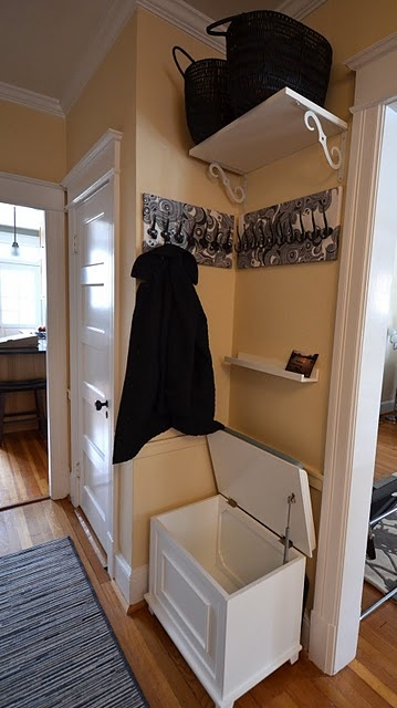 small foyer storage