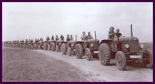 1949 - Škoda 30 se v Plzni začaly vyrábět v roce 1946, celkem bylo expedováno 4000 strojů  image 8 of