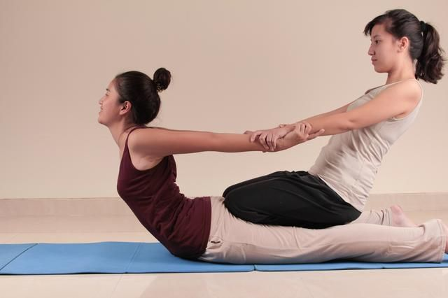 I participated in a Thai yoga workshop last year and I highly recommend it... Great idea for couples. Benefits of Thai Yoga Massage | LIVESTRONG.COM