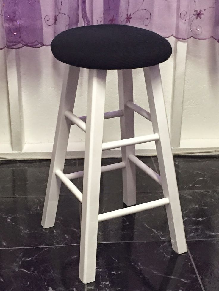 DIY simple stool update - a little spray paint some old foam bedding and fabric & 10 best dining table bar stools images on Pinterest | Counter ... islam-shia.org
