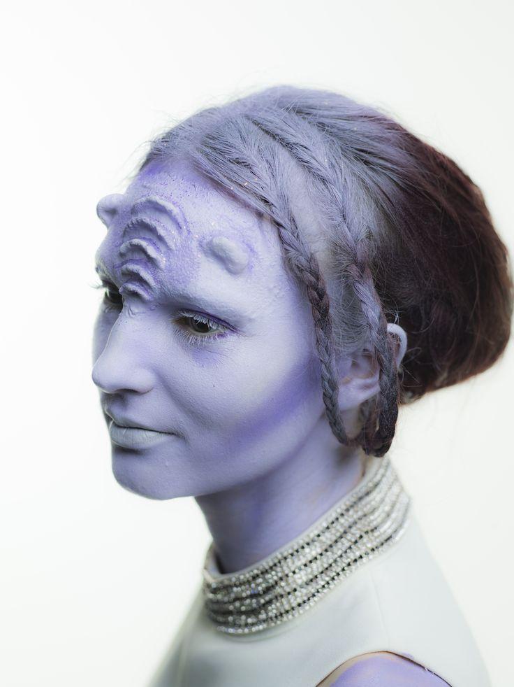 Alien Bride Photography: https://www.facebook.com/detvixphotography/?fref=ts