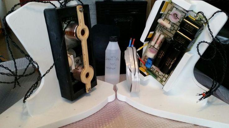 The WVT loudspeaker Internal rack for crossover.
