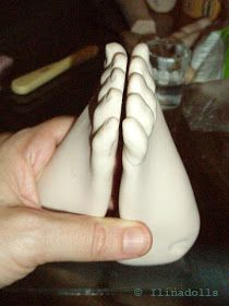 Стопы я делаю в иной последовательности, чем кисти - НЕ попарно. Пальцы у ноги сомкнуты, и не требуют проработки каждого в отдельности. Зада...