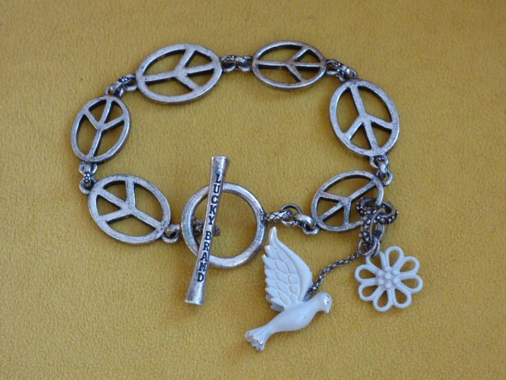 Vintage Lucky Brand Bracelet - Peace Lovers Unite - 3-D Dove Charm - Daisy Flower Charm - Original Charms - Sweet - Collectible by ChicAvantGarde on Etsy