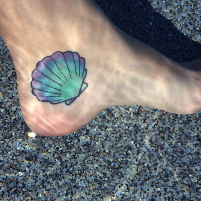 Under the sea  #foottattoo #underwater #seashell #shelltattoo #oceanlove #mermaidatheart