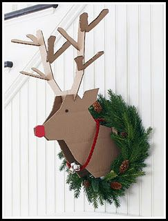 This will be hanging on my mantel shortly!!! It cracks me up! DIY Reindeer... How cute is this...