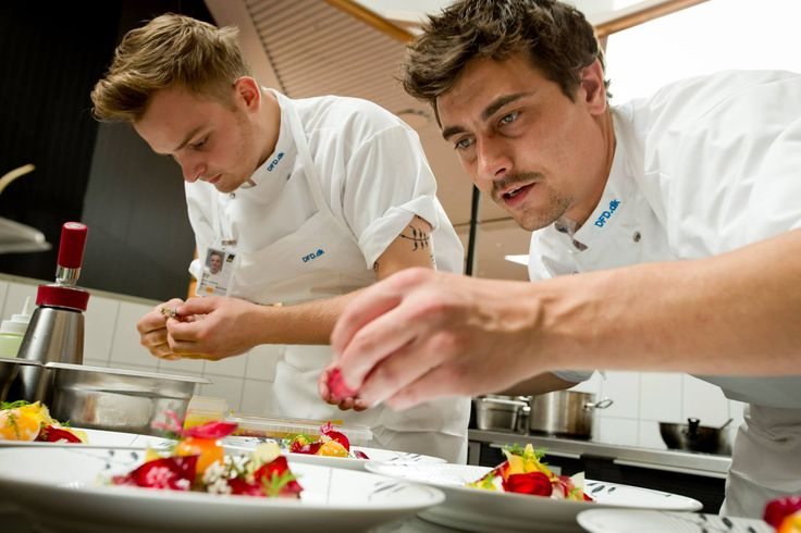 Today our third and last Danish star chef has taken over CPH Nordic Dining! The next two weeks are all about David Johansen, and with his top professional background he will send restaurant guests on a culinary journey to Nordic cooking roots. If you are traveling, treat yourself to a world class taste experience.