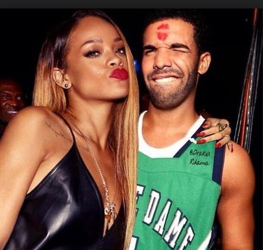 #Rihanna Braggingly Instagrammed Billboard #Drake Set Up to Congratulate Her VMA award  http://www.ipresstv.com/2016/08/rihanna-braggingly-instagrammed.html